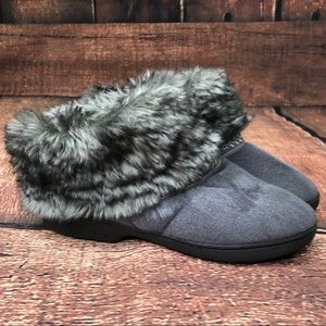 Isotoner Elissa Ash Grey slipper boot size 7.5-8